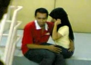 Porno Mahasiswi Aceh Berhijab Mesum Streaming | INDO18.COM
